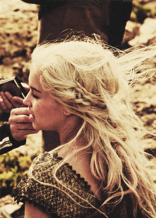 astonishingworld:  Emilia Clarke as Daenerys Targaryen.