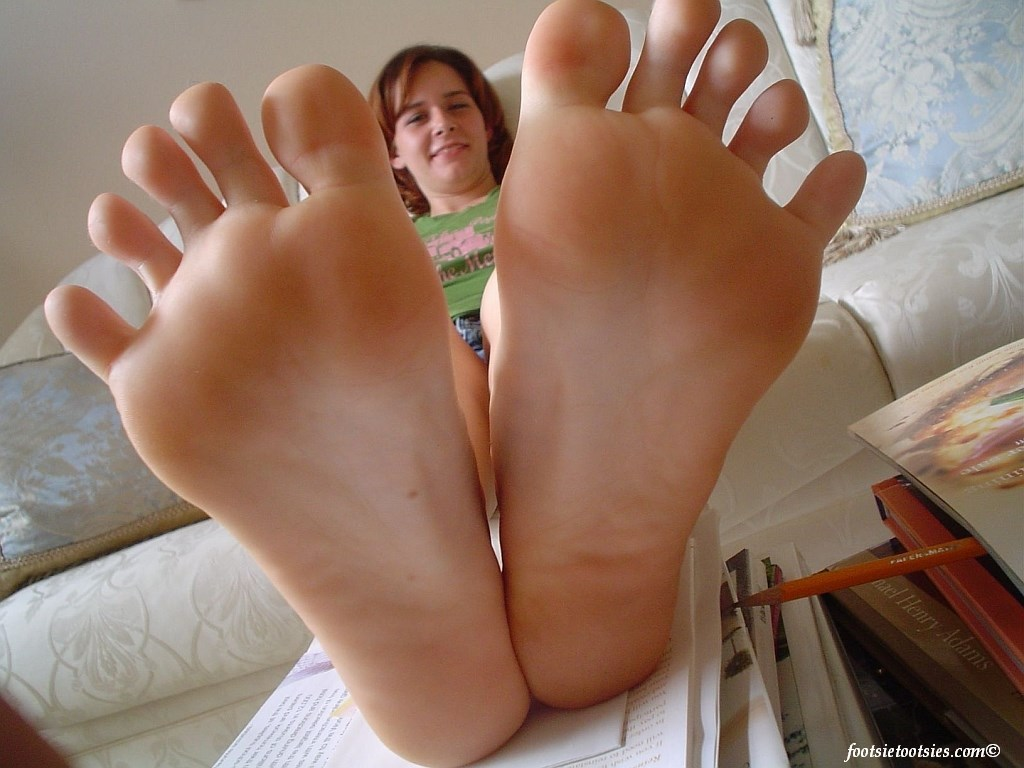 hottest feet fetish