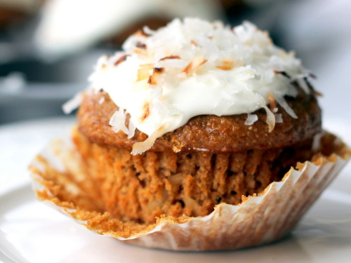 healthy whole grain carrot coconut morning glory muffins (diet-friendly) click here for recipe