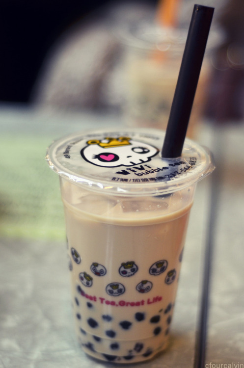 picturesofboba:  Milk Tea (via 040; vivis | Flickr - Photo Sharing!)