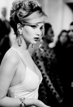 film Black and White movie Bradley Cooper jennifer lawrence Christian Bale Amy Adams David O. Russell american hustle