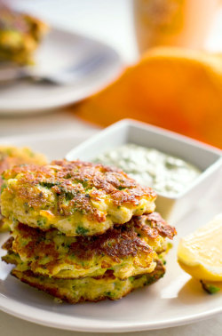 phoods:  (via Broccoli Fritters with Cauliflower & Halloumi Cheese | Eat Drink Paleo)