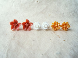 Lily, Rose and Lotus Earrings Set from PiggleAndPop