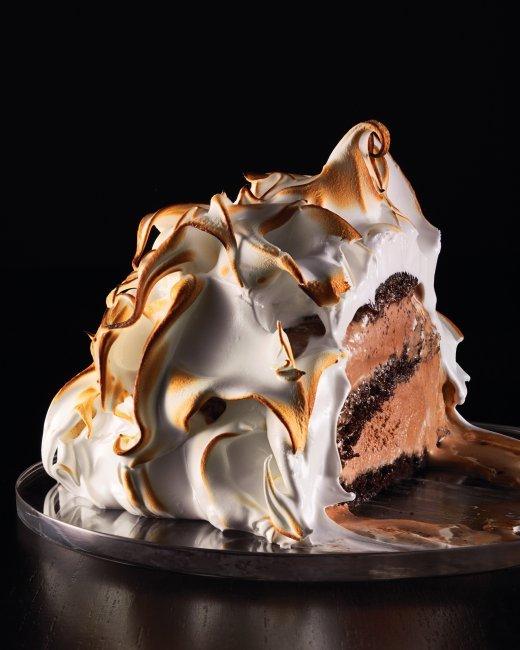 foodffs:  Baked Alaska with Chocolate Cake and Chocolate Ice Cream Really nice recipes. Every hour.