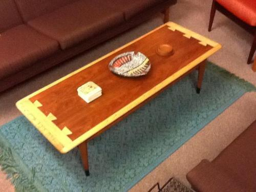 Lane Acclaim Series Coffee Table $225.00 http://on.fb.me/UUTLLB