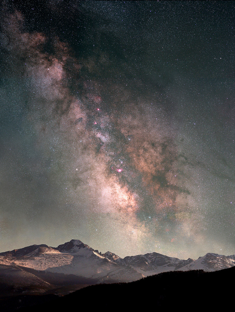 psydae:  Milky Way Over Longs Peak by Pat Gaines