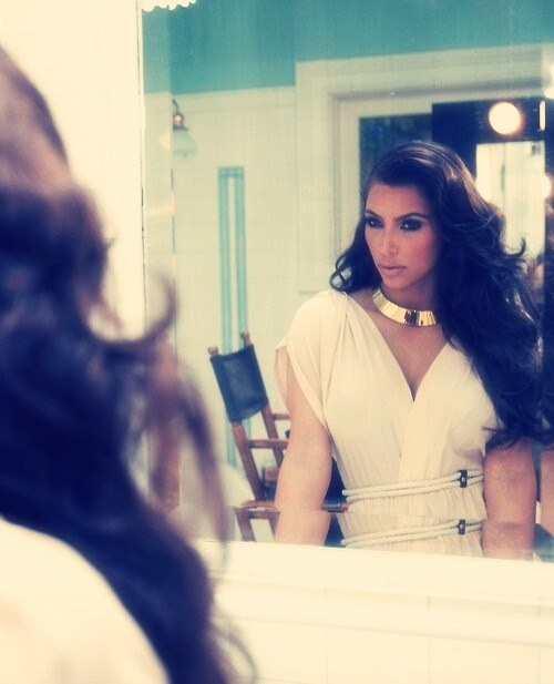 I wonder if @KimKardashian sees how beautiful she truly is! <3