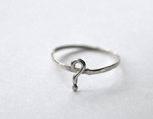 fuckyeahrings:  Question Mark Ring from Fifth Heaven at Etsy