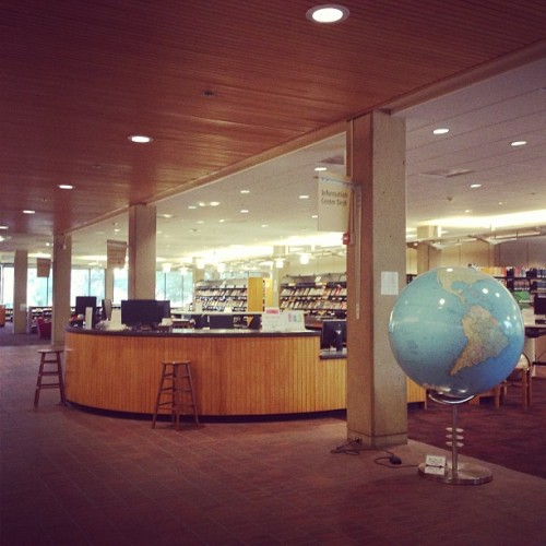 Dear me, I love a library. (at Cecil H Green Library)