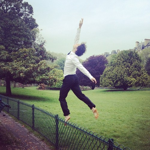 Dancing in the rain #7000magazine #parcmonceau #issue5 #dancing