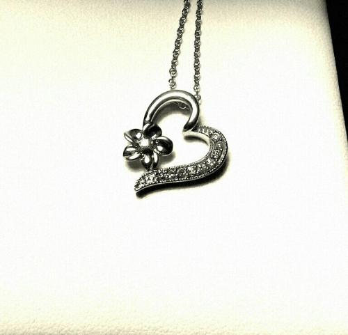 the necklace my babe got me !