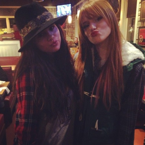 """AWWW Selena wished @theremythorne22 a happy birthday.. So sweet 🎁"""