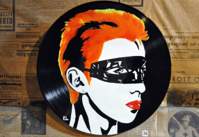 ellinors-art:  Annie Lennox, on vinyl