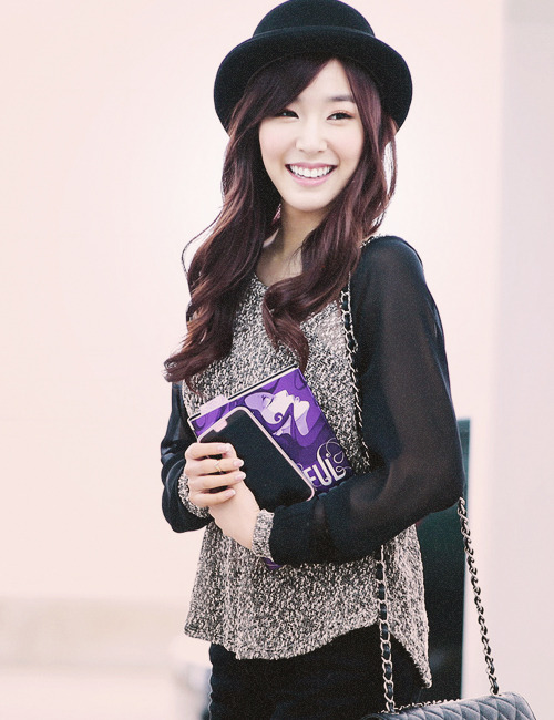 onsicas:  86/100 pictures of tiffany