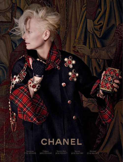 tildaswintonwearsasuit:  Tilda Swinton by Karl Lagerfeld for Chanel Paris-Edinbourg Pre-Fall 2013  ooo this looks awesome. i need to buy a red tartan scarf and some fabric to add some trim to a black blazer come fall.
