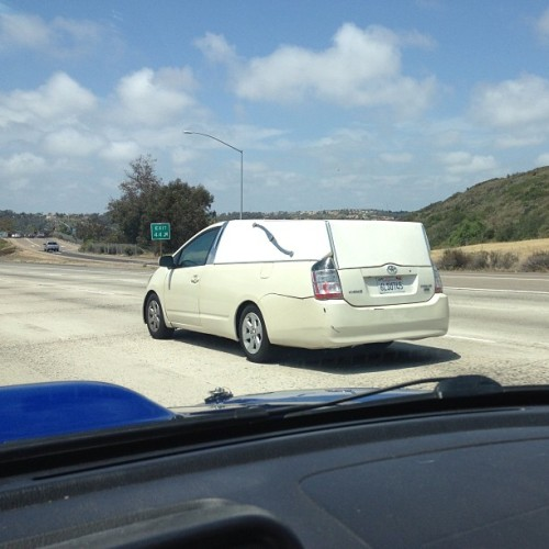 zachbiz:  But like… Who does that? #prius #hearse #wegotalmost50mpghaulinggrandpatothefuneralhome #notactually #wtf #iswrongwithpeople  Its the new Bangle model of Prius, Toyota teaming up with BMW.