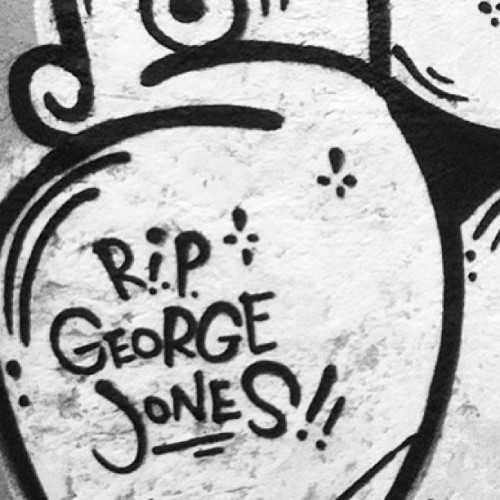 You're as smooth as Tennessee whiskey. #georgejones #RIP.