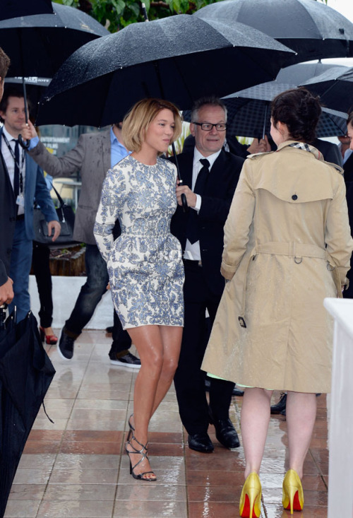 Lea Seydoux in Valentino @ the 'Grand Central' Cannes Photocall