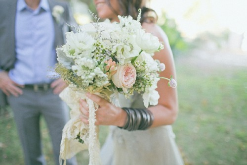 so stoked to blog this one. photo by: abi q photography and flowers by: bunch studio