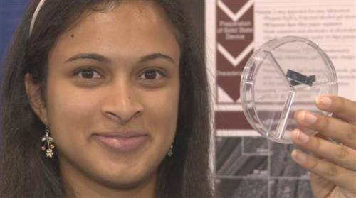 ileliberte:  nbcnews:  Teen's invention could charge your phone in 20 seconds (Photo: Intel) Waiting hours for a cellphone to charge may become a thing of the past, thanks to an 18-year-old high-school student's invention. She won a $50,000 prize Friday at an international science fair for creating an energy storage device that can be fully juiced in 20 to 30 seconds. Read the complete story.  That's really cool. Would have been nice to have Eesha Khare's name prominently on this post itself though :)