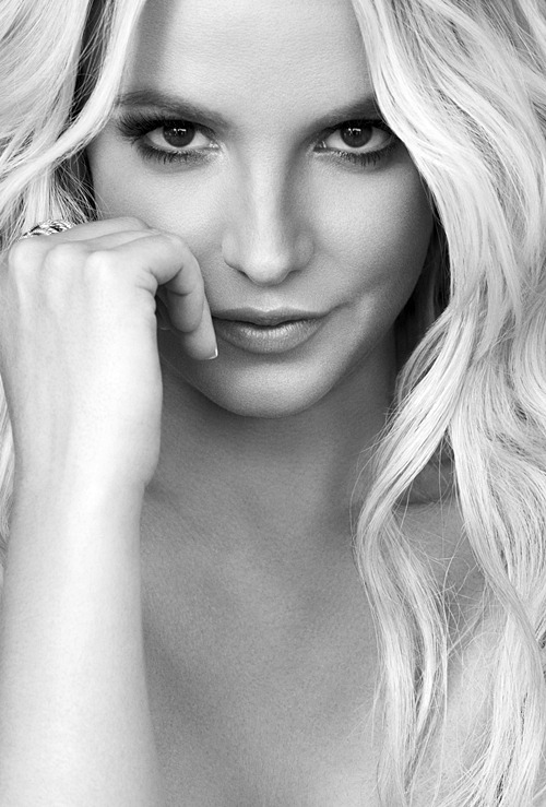 Britney photographed byMichelangelo Di Battista, 2013