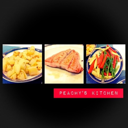 Potato wedges, Grilled Salmon, Mix Veggies🍴🍟🐟🌽