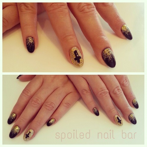 #black and #gold #gelnails with #nailart #spoilednailbar #crosses #sparkle #birthday #nails #partynails