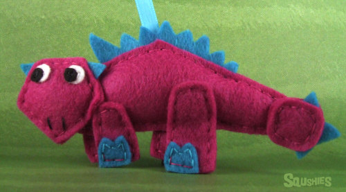 squshies:  Meet Delia the Anklyosaurus!Delia an expert in the art of snow sculpting. Give her a pile of snow and you will be blown away by the fantastic sculptures she'll turn that snow into. She has tried working with sand but she's found she enjoys working with a cold medium. You will never catch her making ice sculptures though. She is is scared of chain saws and just isn't good in general with tools designed for cutting things.