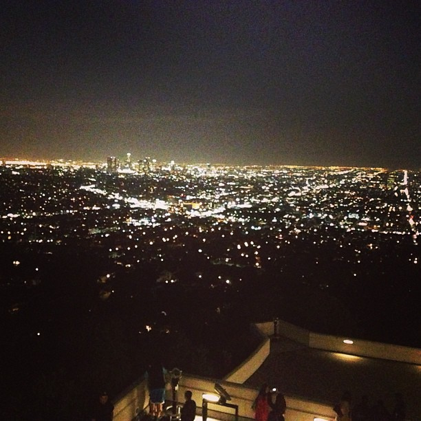 The view is impeccable from up here. #griffithobservatory #view #la  (at Griffith Observatory)