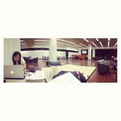 Being loners with the gf, @dayummdiana . #midterms #tmw #cries #notready #whyareweMcdbmajors? #fml #empty #library (at UCLA Biomedical Library (Louise M. Darling))