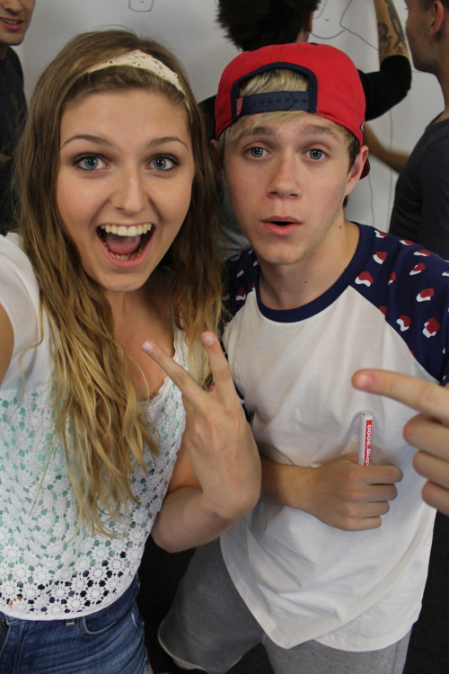 groovystyles:  niall and my sister amanda i cnat breat (x)