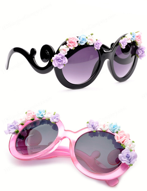 filthymagic:  Flores Sunglasses  Spring is calling