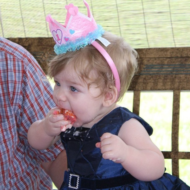 Homegirl was taking that cake DOWN like a champ! Happy 1st Birthday Party Day (since her actual b-day was last week) to my baby niece, Rylee! I'm missing my family tonight and don't particularly like it when they're all together without me…especially when there's cake involved….green monster and whatnot…