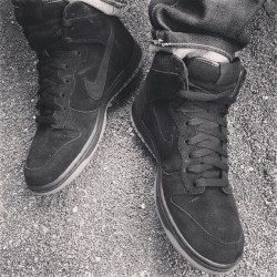 #blackandwhite #apc #paris #nike #collab #dunk #high #nudie #nudiejeans #jeans #denim #sneakers #denimporn