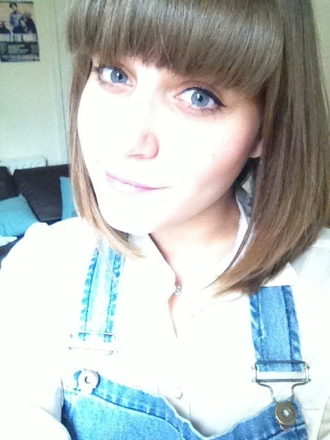 I cut my fringe back in