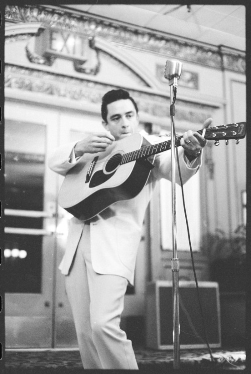 rocknrollhighskool:   The legendary Johnny Cash doing his thing on stage