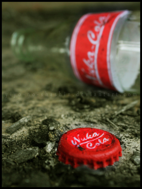 gamefreaksnz:  Refreshment in the Wasteland (by yiyo-chan) Tasty irradiated coke is tasty!