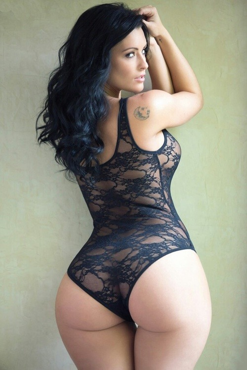 ohyeahbombbitches:  loveinterracial:  Wow  ohyeahbombbitches