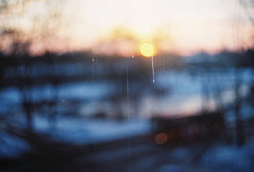 wherewillthestoryend:  I can't wash the windows from outside by Liis Klammer on Flickr.