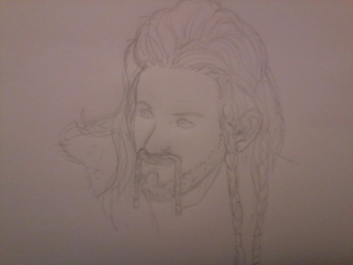 Failed attempt to draw Fìli. Pencil 1 - Kurenai 0  (Photo made by mobile phone. Which makes the failure even bigger!)