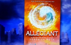 schoollibraryjournal:  Though Veronica Roth's Allegiant won't be out until October, here's the cover. (Thanks BookRiot!)  I guess I will read Allegiant, and eagerly, even but I feel a little betrayed by the last few pages of Insurgent. I can't be alone in that, right?