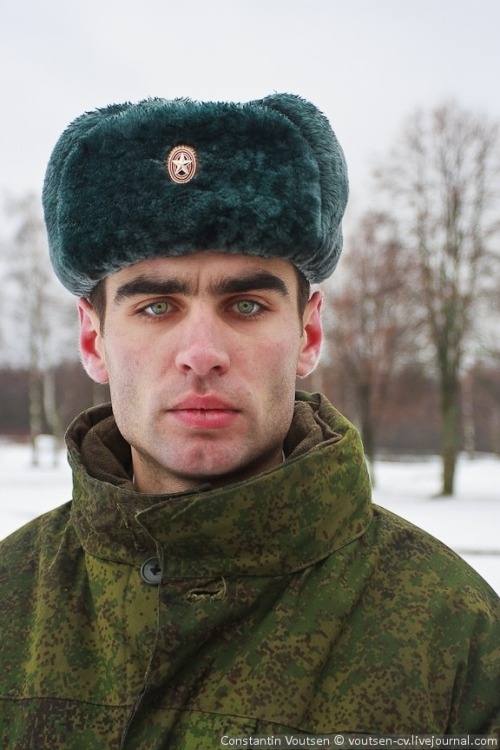 russia men Naked russian man galleries posted to boy thumbnail gallery post.