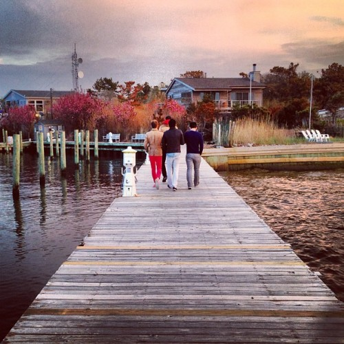 Sunset on the dock #fireislandpines #spring #repost (at Fire Island Pines Harbour)