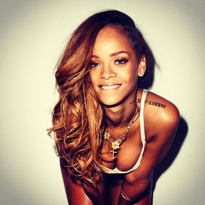 #womencrushwednesday Rihanna 😍