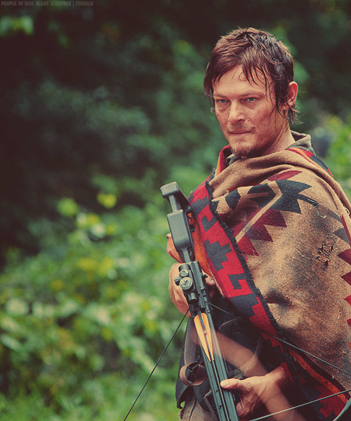 jennytheartist:  Twitter / Recent images by @StalkingReedus on We Heart It - http://weheartit.com/entry/43554527/via/JennyTheArtist   Hearted from: https://twitter.com/i/#!/StalkingReedus/media/slideshow?url=pic.twitter.com%2FPaaX3qur  hello there