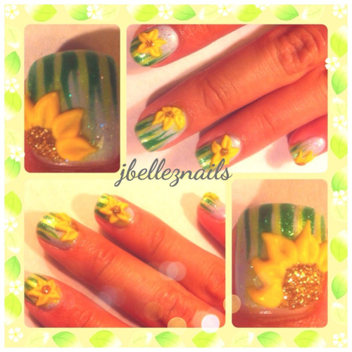Here are some spring nails I did with acrylic flowers!