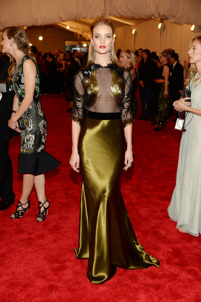 mirnah:  Rosie Huntington-Whiteley wore Fall 2013 Gucci.