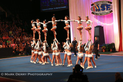 cheerfitneverquit:  Ice Queens <3