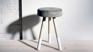 Love this concrete stool for $5 of materials. Might be cool for some classrooms when you want seating in odd spots.   (via Create a Modern Concrete Stool for $5)