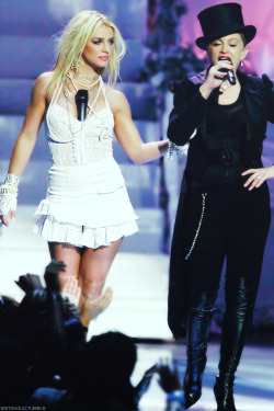 There are only 2 Queens & they are… Madonna & Britney, bitch!